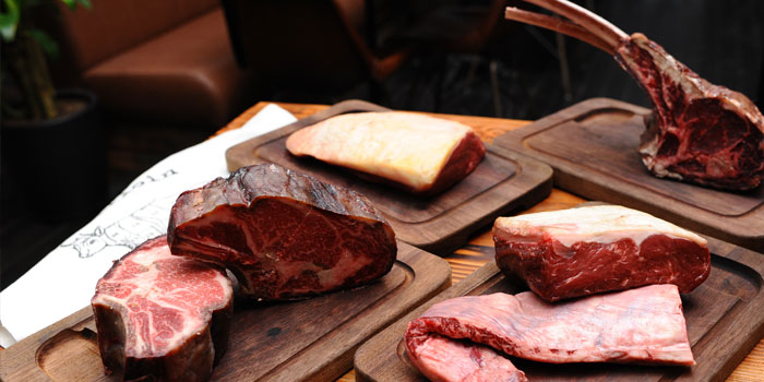 Meat Selection of Raw located on Yanping Lu