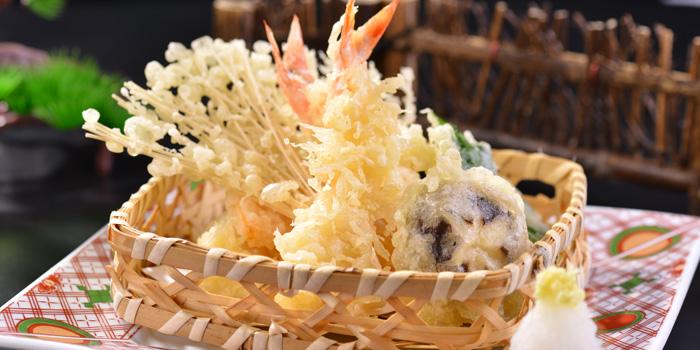 Tempura of Yin Ping Japanese Restaurant located on Xianxia Lu