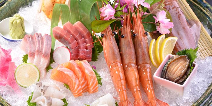 Sashimi of Yin Ping Japanese Restaurant  located in Shanghai World Financial Center