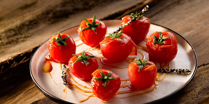 Tomatoes from Crystal Jade Restaurant (Xintiandi) located in Huangpu, Shanghai