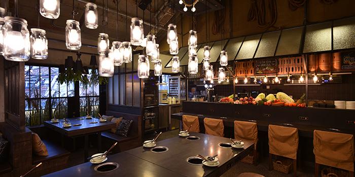 Interior of Qimin Organic Hotpot Marketplace (Hengshan Lu) located in Xuhui, Shanghai