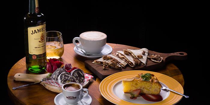 Food Selection from Funkadeli (Yanping Lu) located in Jing