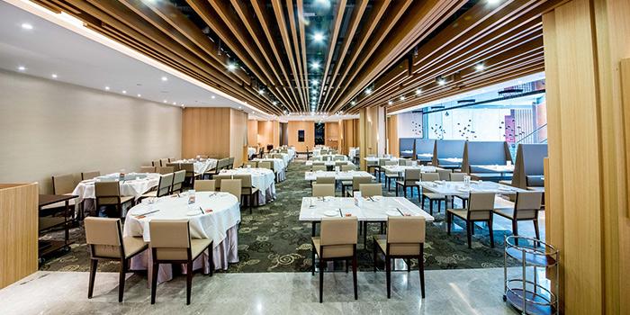Interior of Jumbo Seafood (Raffles City) located in Huangpu, Shanghai