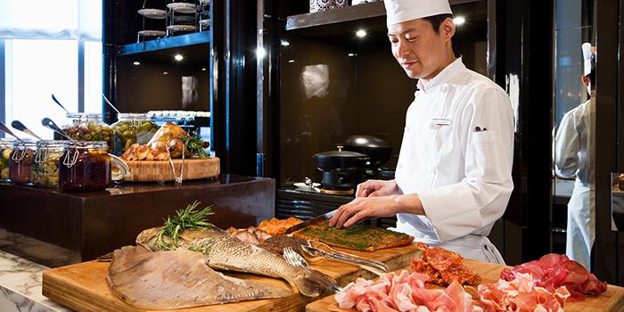 Chef of Pantry (Park Hyatt Shanghai) located in Pudong, Shanghai