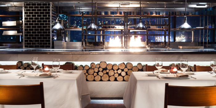 indoor of of 1515 West Chophouse & Bar located in Shangri-La Jing