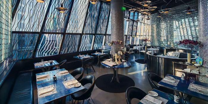 Indoor of 10 Corso Como Restaurant located in ing