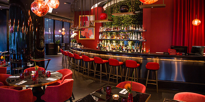 Indoor of Le Salon de Joël Robuchon(Reél Mall) located in Jing