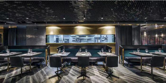 Indoor of seul & SEUL located on Shimen Yi Lu, Jing