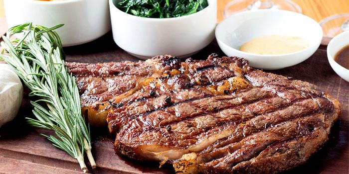 Beef of Jstone. Italian Kitchen & Bar (Xiangyang Park) located in Xuhui, Shanghai