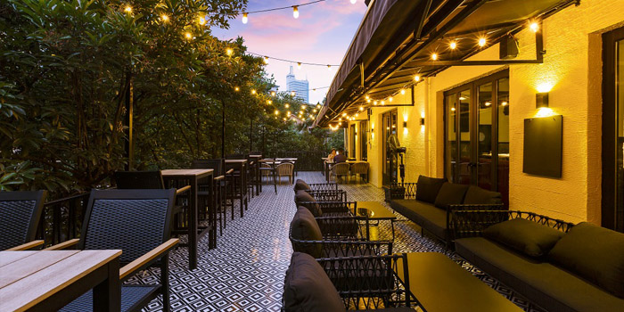 Outdoor Seating of The Bull and Claw located in Xuhui, Shanghai