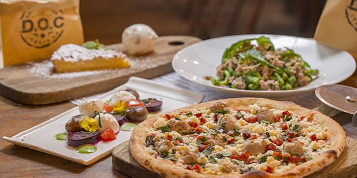 Pizza of D.O.C Gastronomia Italiana in Xuhui, Shanghai