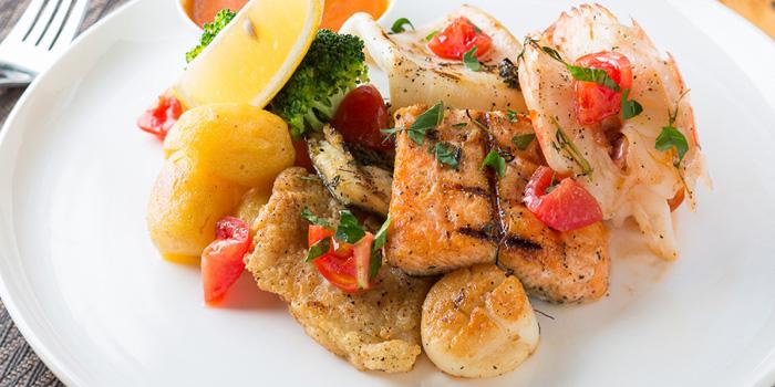 Seafood of Jstone. Italian Kitchen & Bar (Hongmei Lu) located in Changning, Shanghai