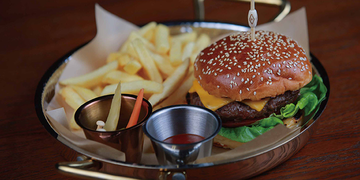 Beef Burger from Mia Fringe Dining & Lounge located in Huangpu, Shanghai