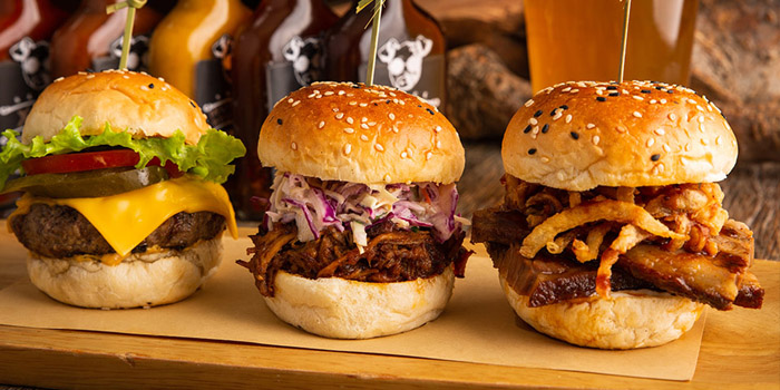 Burger of The Blind Pig Bourbon and Smokehouse located in Jing