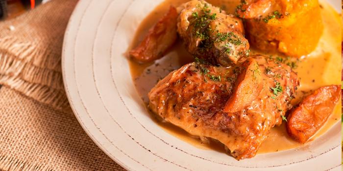 Chicken of Heat French Rotisserie & Bistro (LuOne) located in Huangpu, Shanghai
