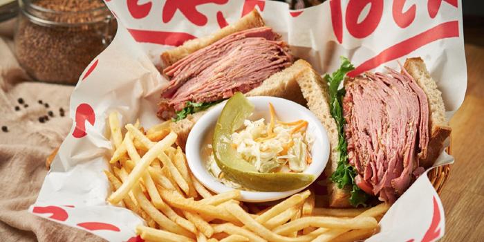 Sandwich of Tock's (Nanjing Xi Lu) located in Jing