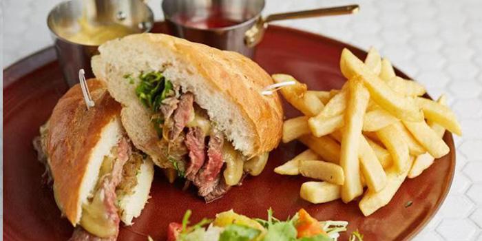 Sandwich of CRAFT Café (Hotel Indigo Shanghai Hongqiao) located in  Minhang, Shanghai