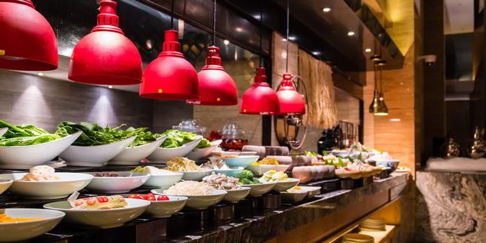 Buffet of VENU Restaurant (Pullman Shanghai Jing An) located in Jing