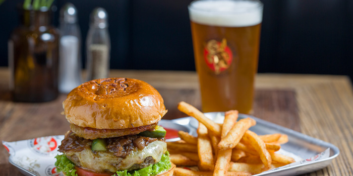 Burger of of Little Creatures located in Huangpu, Shanghai