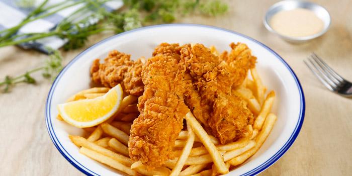 Fries of Al's Diner in Xuhui, Shanghai
