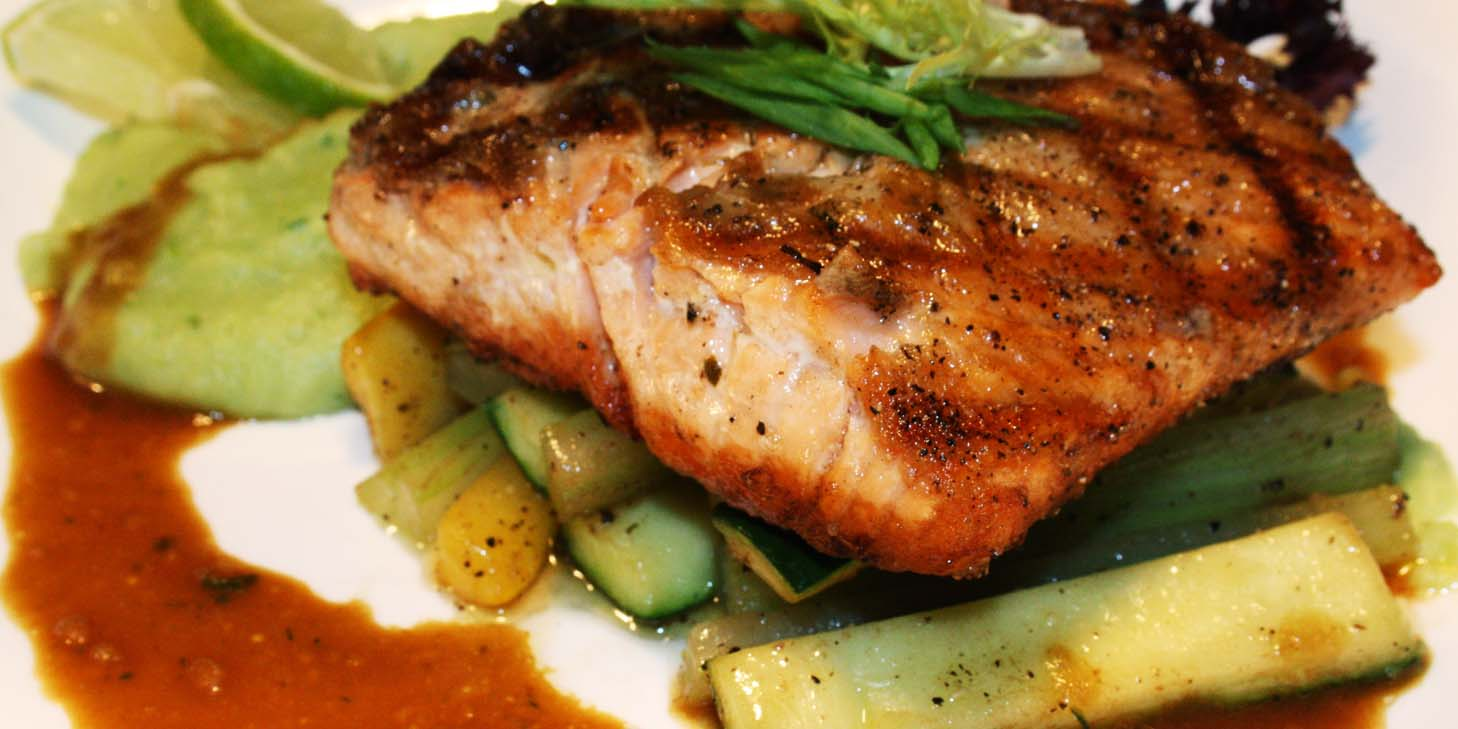 Grilled Salmon of El Bodegon (Changshu Lu) located in Jing
