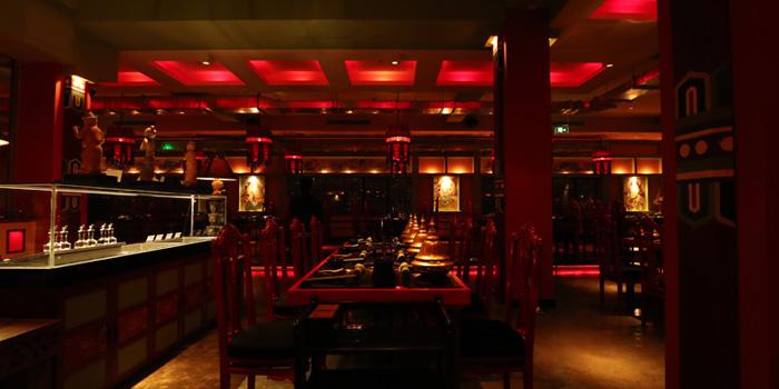 Indoor of Lost Heaven Hot Pot located in Jing