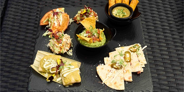 Snack of Pistolera Mexican Cantina (Nanyang Lu) located in Jing