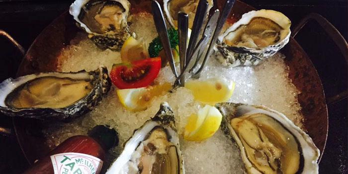 Oyster of ue 6 Cuisine & Lounge located in Huangpu, Shanghai