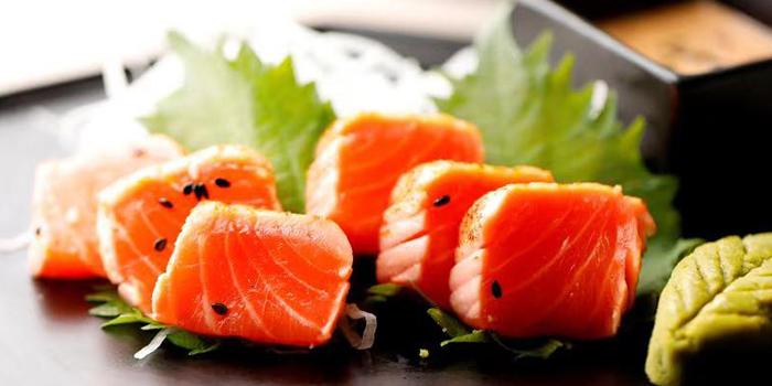 Salmon from Flair Rooftop Restaurant & Bar located along Huangpu, Shanghai