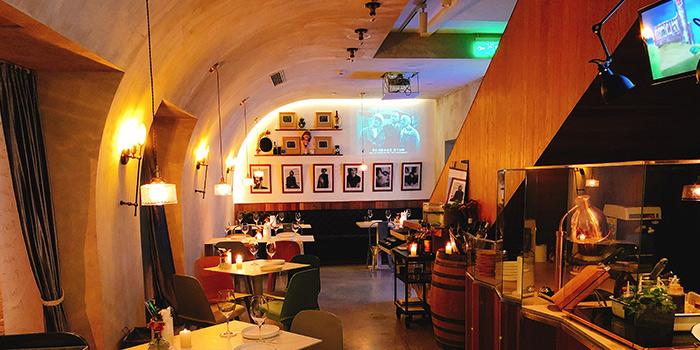 Indoor dot Bistrol & Wine Bar located in Xuhui, Shanghai