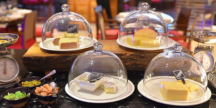 Dessert of Mosaic (Sofitel Hyland) located on Nanjing Dong Lu, Huangpu, China