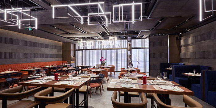 Indoor of Meuhst French Grill & Wine located in Pudong, Shanghai