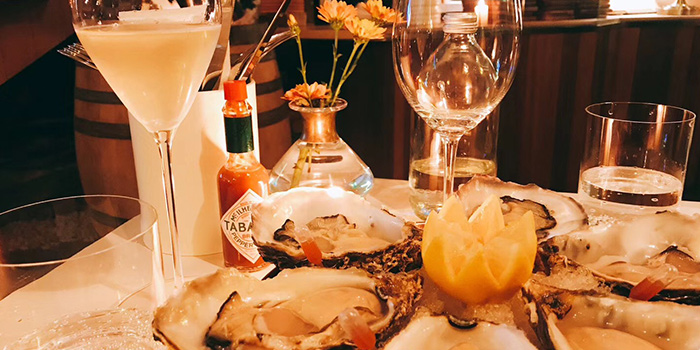 Oyster of dot Bistrol & Wine Bar located in Xuhui, Shanghai