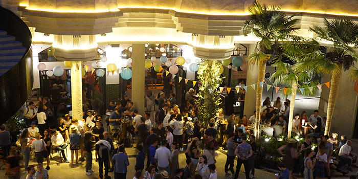 Party of Cafe des Stagiaires (Julu Lu) located in Luwan, Shanghai