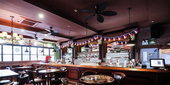Indoor of Original Bohemia Beer Restaurant located in Xuhui, Shanghai