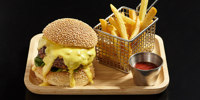 Burger from FED by JULY located in Xuhui, Shanghai
