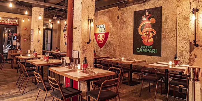 Indoor of D.O.C Gastronomia Italiana in Jing