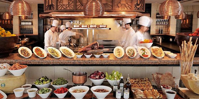Kitchen of Cucina located in Grand Hyatt Pudong, Shanghai