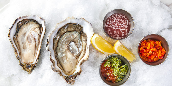 Oyster of ROOF 325 Restaurant & Bar located in Huangpu, Shanghai