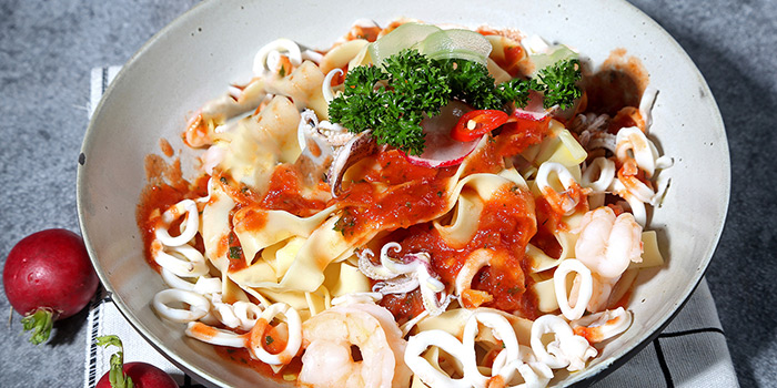 Seafood Pasta of WORLD OF BEER (Fumin Lu) located in Jing