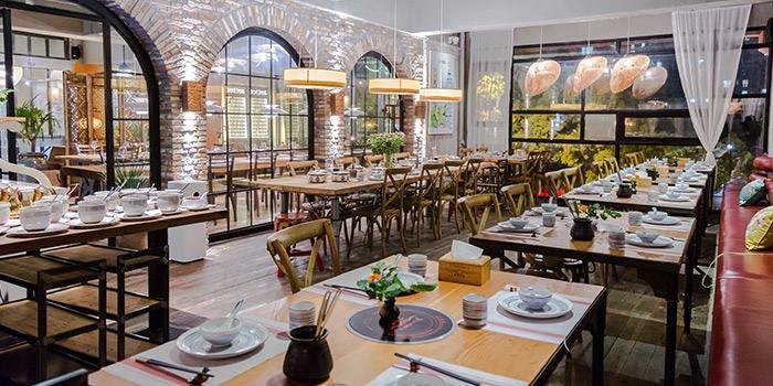 Indoor of Yasmine's Hotpot (Biyun Lu) located in Pudong, Shangha,