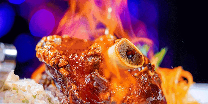 Pork Knuckle of 1886 Restaurant & Bar (Lujiazui) located in Pudong, Shangha