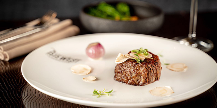 Beef of 1515 West Chophouse & Bar located in Shangri-La Jing