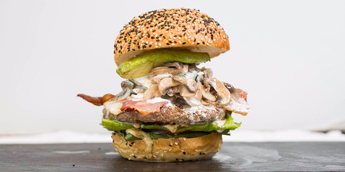 Burger of Fat Cow (Lujiazui) located in Pudong, Shanghai