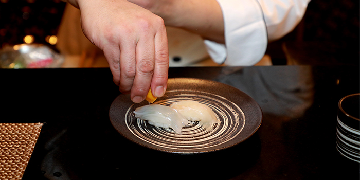 Sushi of Mi Teppanyaki and Sushi Lounge (Four Seasons Hotel Pudong, Shanghai) located in Pudong, ShanghaiS