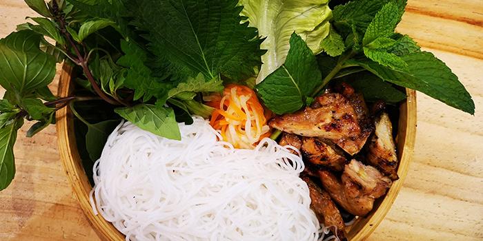 Chicken of BUN Cha Cha located in Huangpu, Shanghai