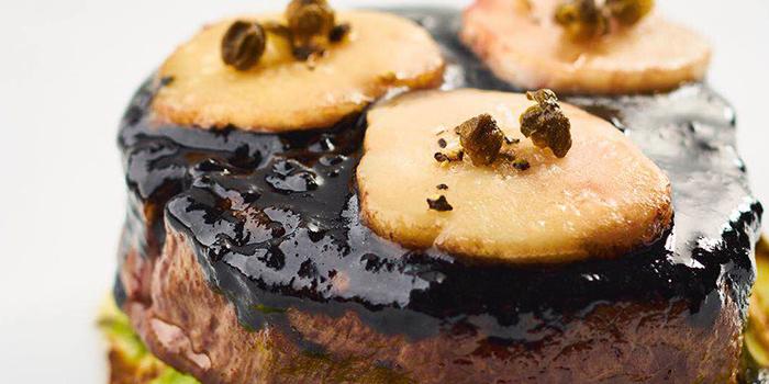 Roasted Beef Fillet of Le Comptoir De Pierre Gagnaire located in Xuhui, Shanghai