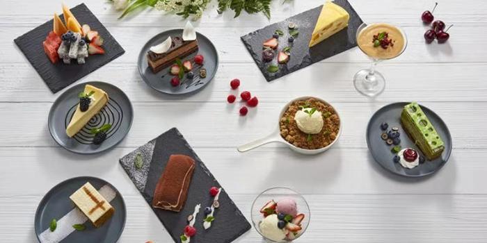 Dessert of ESSENTIALS (IFC) located in Lujiazui, Shanghai