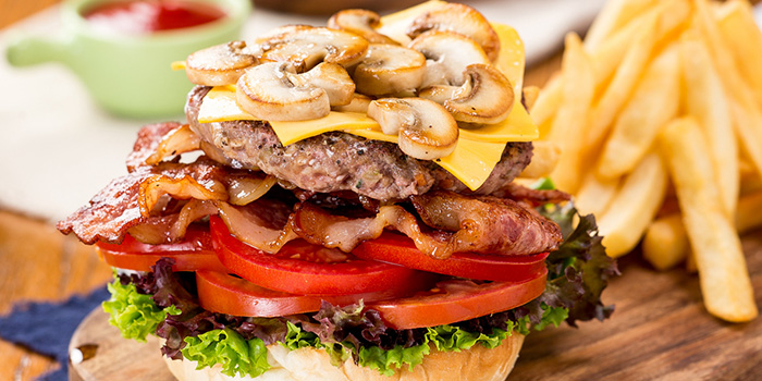 Mushroom Burger of delimuses (Changping Lu) located in Jing