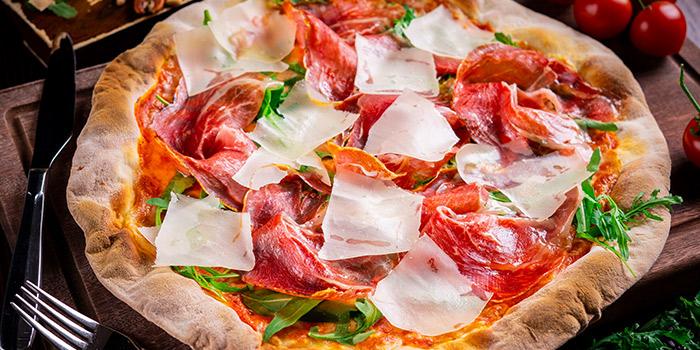 Jstone. Italian Kitchen & Bar (Hongmei Lu)